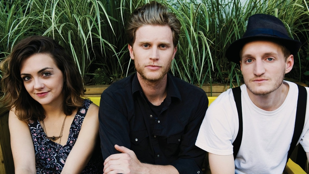 Be in chance to meet The Lumineers!