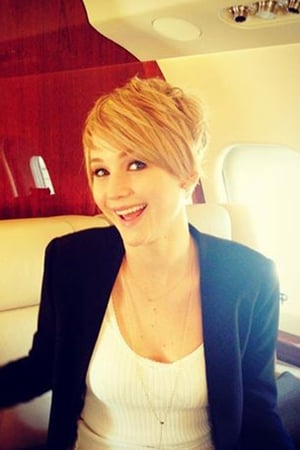 Jennifer Lawrence shows off her new pixie crop on Facebook