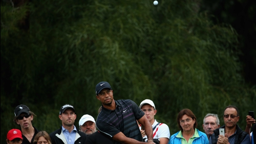 Tiger Woods in first round action