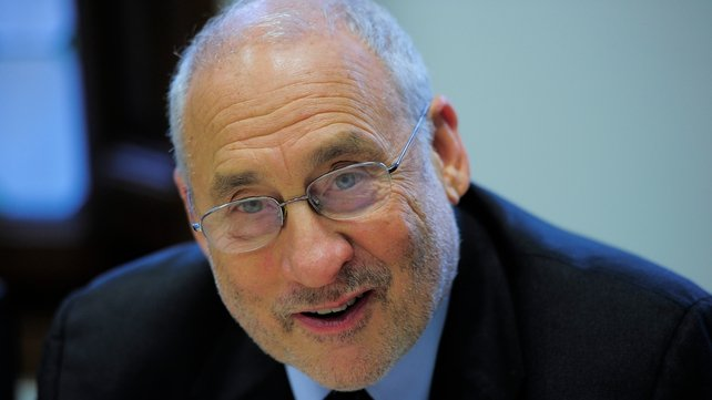 "Joseph Stiglitz  says it was a ""mistake"" to burden taxpayers with bank debt"