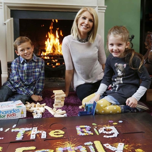 Yvonne Keating launches The Big Family Craicle