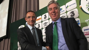 O'Neill has a two-year contract with the FAI and Chief Executive John Delaney said the goal is qualification for Euro 2016