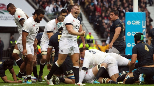 Dylan Hartley celebrates after Joe Launchbury's try
