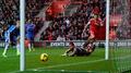 Saints smash four past sorry Hull