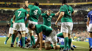 Peter O'Mahony touched down after a maul for an Ireland try