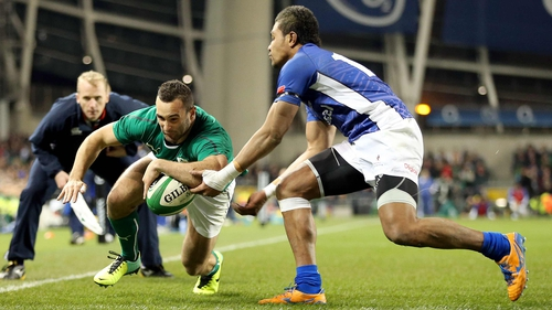 Dave Kearney touches down for the first of his two tries