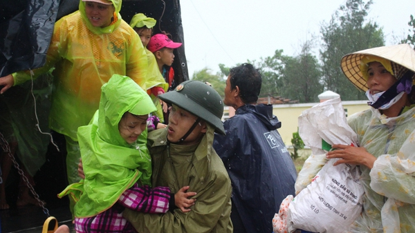 Haiphong disaster prevention centre in Vietnam immediately began an emergency response to evacuate residents while monitoring the water level around the city