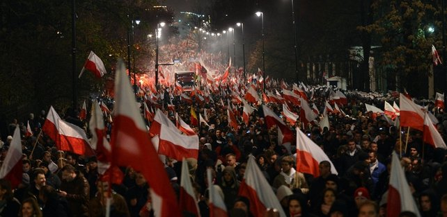 This is the third year in a row it broke down into running battles in the middle of Warsaw between rioters and police