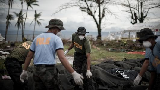 Filipino community send funds for Typhoon Haiyan