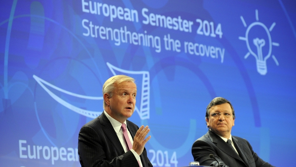 Olli Rehn (L) said Ireland was an example as to how a bailout programme can work and should work