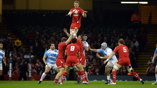 Dan Biggar climbs high for line-out ball