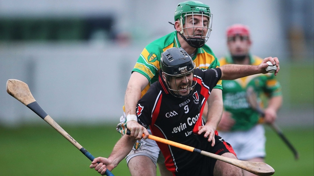 Oulart's Shaun Murphy struggles to get away from Ciaran Slevin