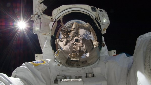 International Space Station astronaut Aki Hoshide taking a selfie in space (Picture: NASA)
