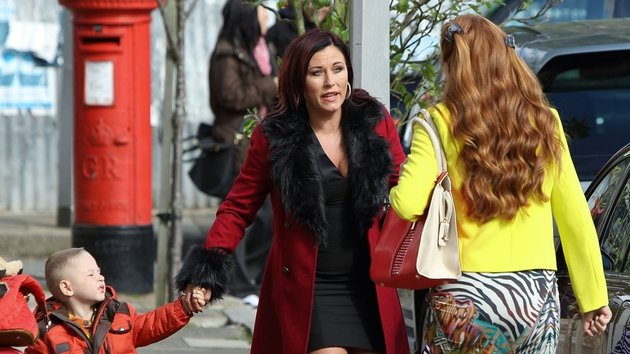 Bianca thinks it should be Kat Alfie is marrying....