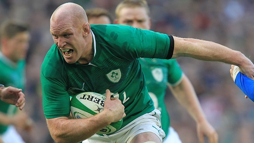 Paul O'Connell has signed up with Munster until 2016