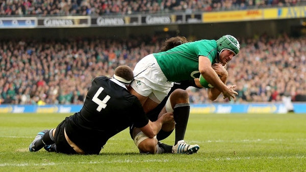 Rory Best touches down for Ireland's second try