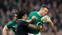 Joe Schmidt says Tommy Bowe should be fit to face England.