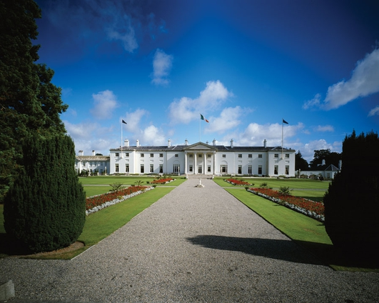 Top Aide Quits Aras