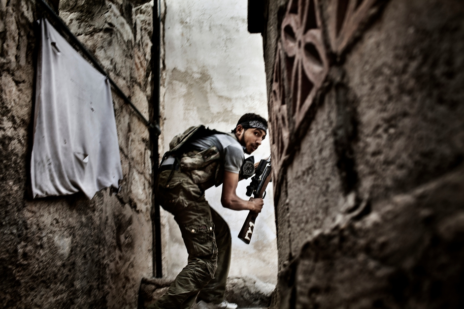 Battle to Death, Aleppo, Syria (Fabio Bucciarelli, Italy, Agence France-Presse)