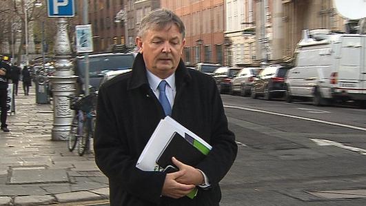 An Dr Seán Ó Riain - Saineolaí ar an bpleanáil teanga.