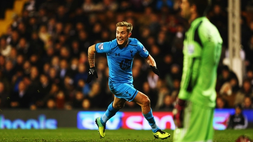 Lewis Holtby celebrates scoring the winner for Spurs