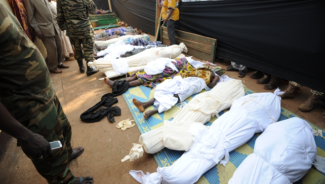 Hundreds of people have died in violence in the Central African Republic