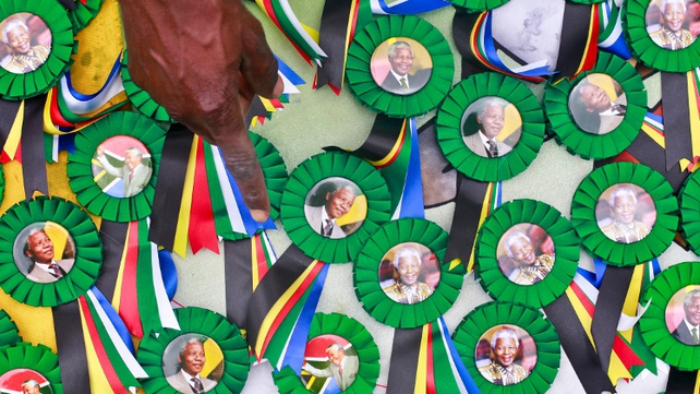 Nelson Mandela commemorative badges go on sale