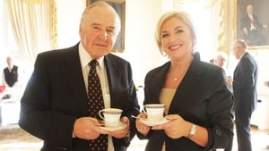 Mr Reynolds with former Progressive Democrat minister Liz O'Donnell at the Áras an Uachtaráin reception (Pic: Leon Farrell/Photocall)