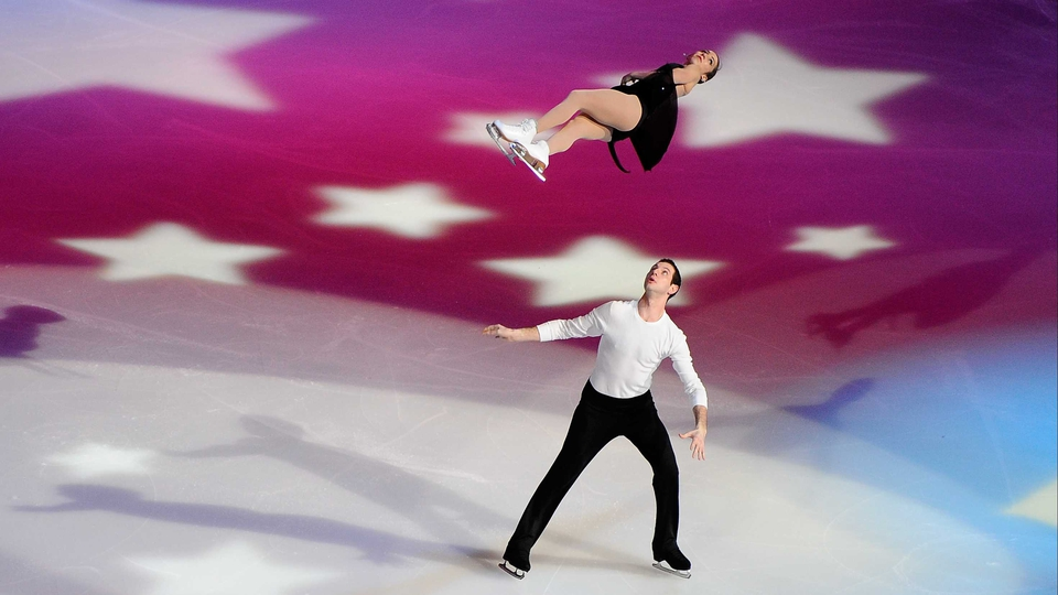 Marissa Castelli and Simon Shnapir during the 'Tribute to American Legends of the Ice' in New Jersey