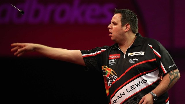 Adrian Lewis had no difficulty in reaching the last 32 at the Ally Pally