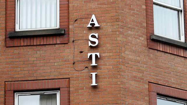 ASTI due to decide on whether to ballot members on co-operation with the new Junior Cert programme