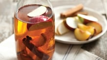 Old-fashioned rum pot