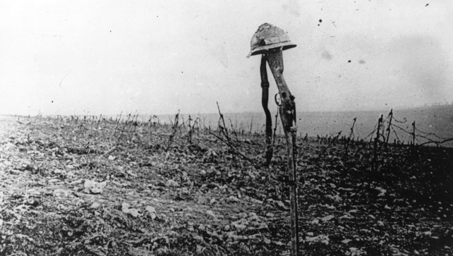 About 210,000 Irish servicemen served in WWI