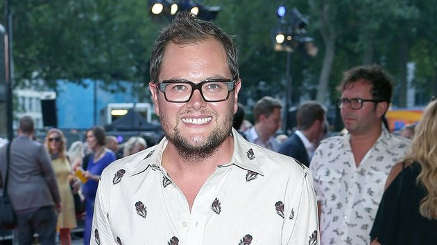 Alan Carr is back with a Chatty Man summer special