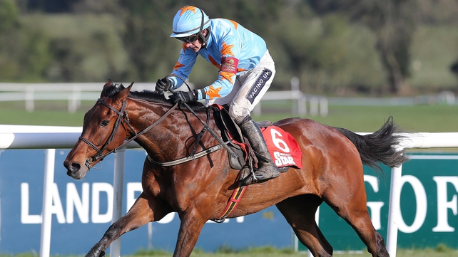 Willie Mullins' French import Un De Sceaux raced twice in his native land before being making the move to Closutton