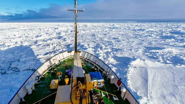 The Akademik Shokalskiy became stuck in the ice on Christmas Eve (Pic: EPA)