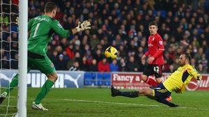 Steven Fletcher scores Sunderland's first goal in the Black Cats' late rally to salvage a point