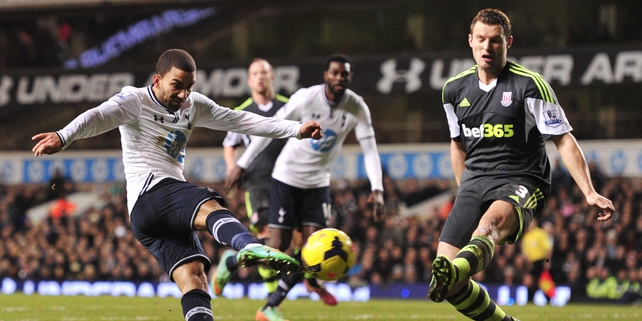 Aaron Lennon scores Spurs third goal against Stoke