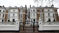 London estate agent Foxtons issues profits warning