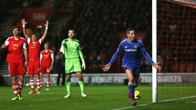 Fernando Torres heads Chelsea's second
