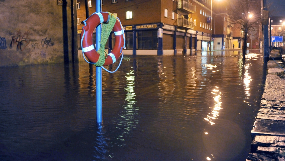 Flood waters on Wandesford Quay in Cork city centre (Daragh Mc Sweeney/Provision)