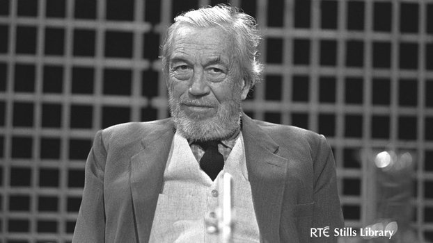 John Huston on the Late Late Show (1973)