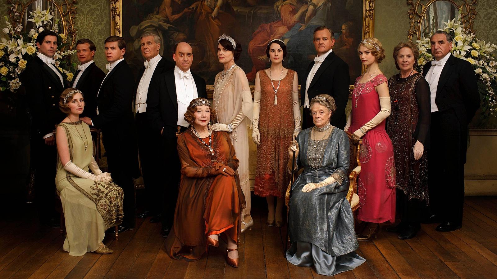 Original TV cast to reunite for Downton Abbey movie