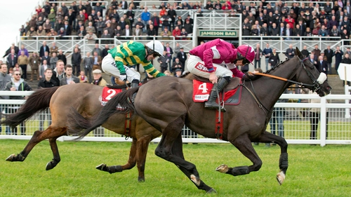 Don Cossack getting the better of Carlingford Lough at Fairyhouse