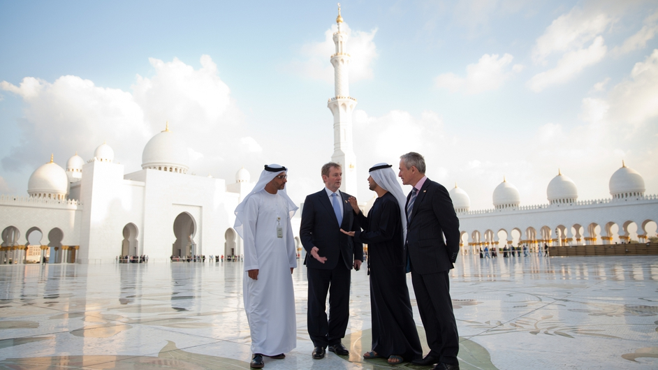 Enda Kenny and Richard Bruton visit the Sheikh Zayed Grand Mosque,  Abu Dhabi