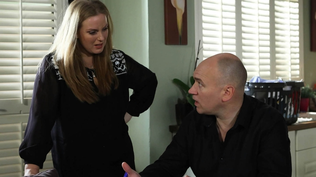 Niamh is furious when Paul gives Jane money