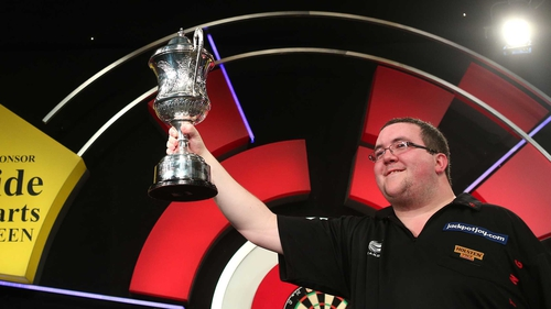 Stephen Bunting claims the trophy after eighth visits to the Lakeside