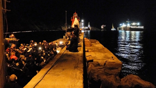 An evening ceremony was organised in Giglio's small port