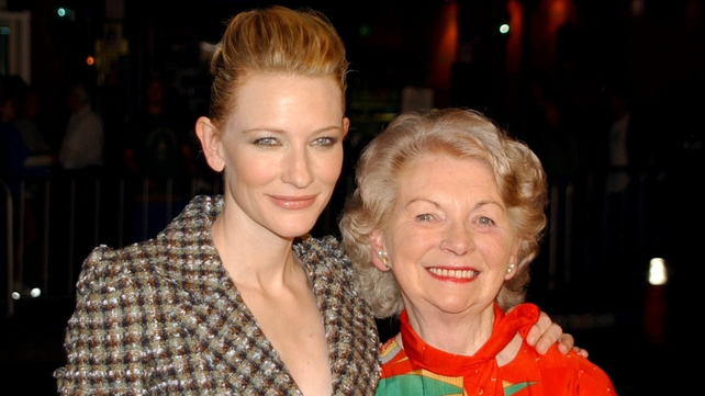 Bernie Guerin (r) with actress Cate Blanchett who played Veronica Guerin in the film 'Veronica Guerin'