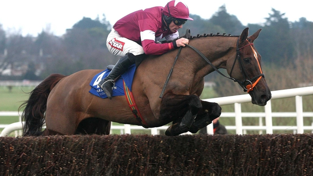 Davy Russell was in the plate when Last Instalment was last in action at Leopardstown in February 2012